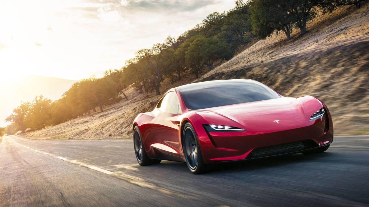 Tesla Roadster szemből, menet közben – látványterv