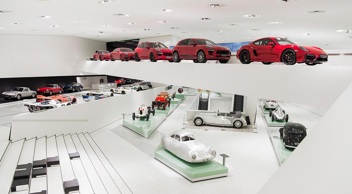 kiállított autók a stuttgarti Porsche Múzeumban