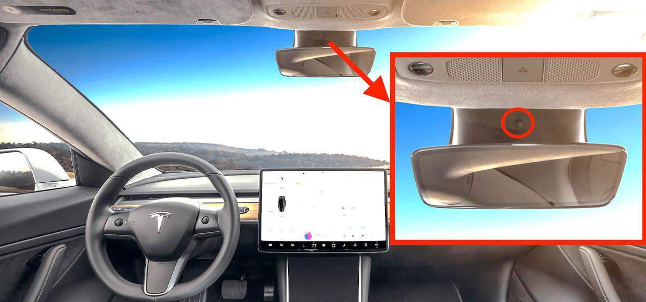 a Tesla visszapillantó tükre fölött elhelyezett kamera